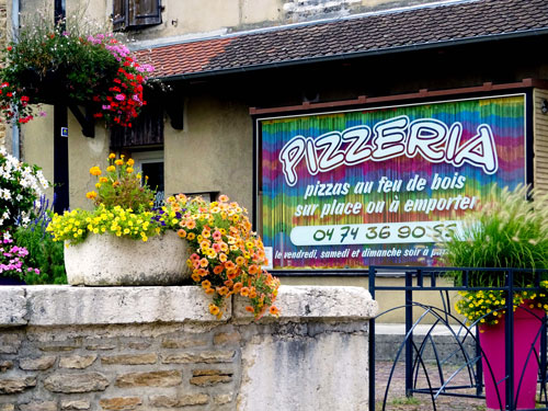 Gil'Pizza  à Saint-Jean-le-Vieux dans l'Ain